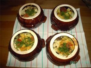 порционные блюда в горшочках