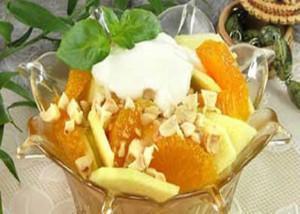 салат с яблоками и мандаринами