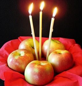 яблоки и свечи