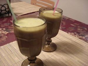 коктейль из манго и киви