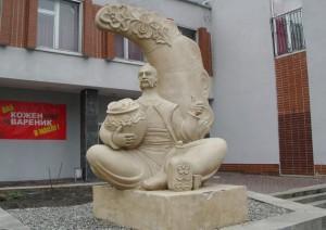 памятник варенику черкассы
