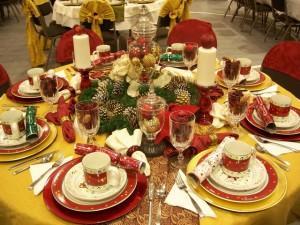 украшаем стол к новому году