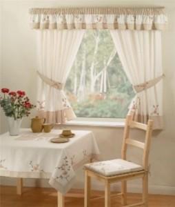 шторы для кухни с ламбрекеном