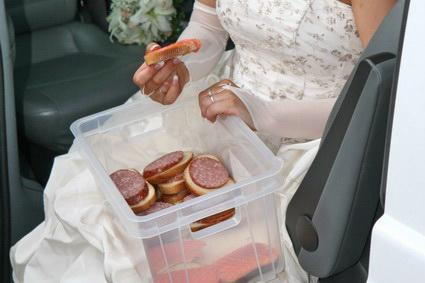 Закуски на свадебную прогулку