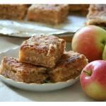 насыпной пирог с яблоками в мультиварке