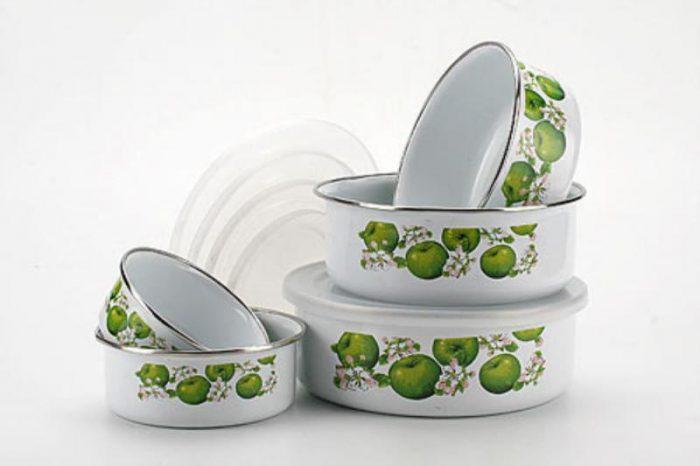 эмалированные алюминиевые миски как формы для выпечки куличей