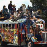 специальный автобус для фестиваля медовухи