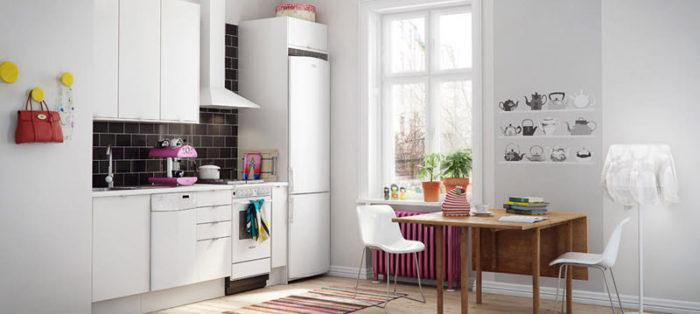 узкий холодильник для маленькой кухни