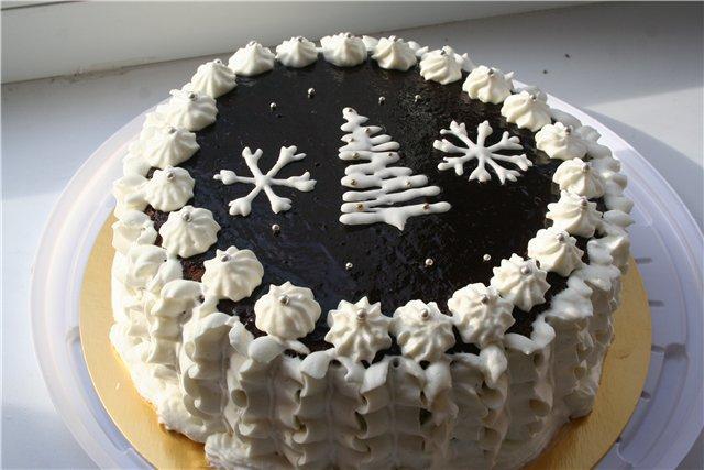 украшение новогоднего торта 2017 елочкой и снежинками из крема