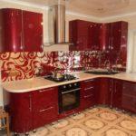 мебель на заказ в Киеве - гарнитур для кухни и стеклянный фартук