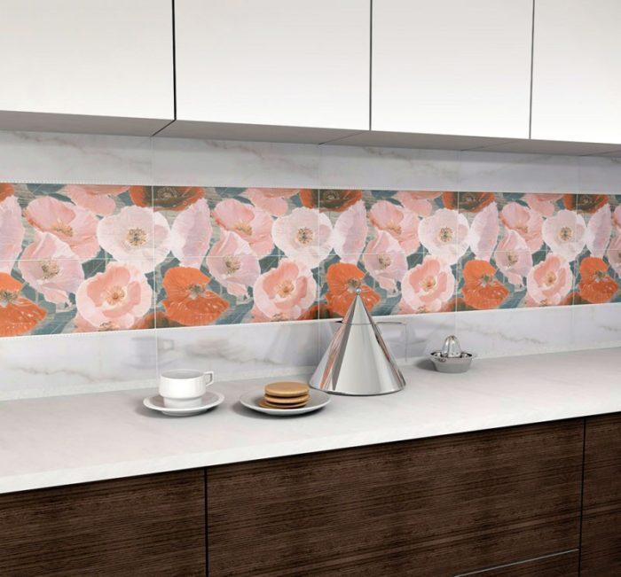 плитка для кухни на фартуке с цветочным принтом