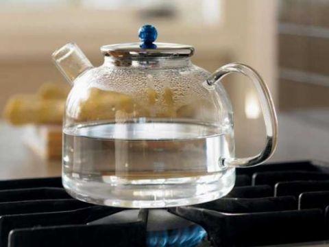 зечем кипятить воду несколько раз