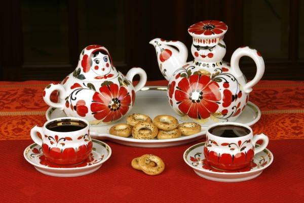 подарочный набор чайной посуды из фарфора