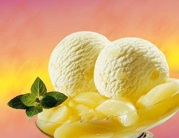 фруктовое мороженое из йогурта с ананасом