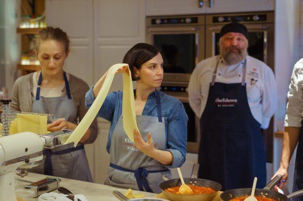 как стать поваром кулинарная школа Новикова